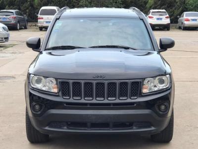 2013年11月 Jeep 指南者(进口) 2.4L 四驱炫黑导航版