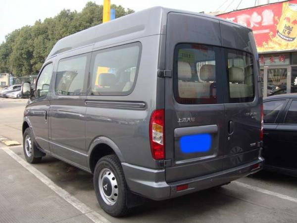 3年7月 二手上汽大通V80 9座蓝牌柴油 价格11.38万元高清图片