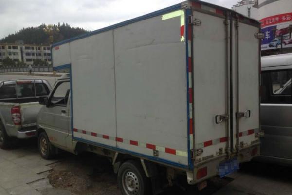 年12月 二手五菱單排箱式貨車 價格2萬元高清圖片