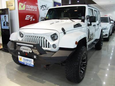Jeep 牧马人  2015款 3.0L Sahara 四门舒享版图片