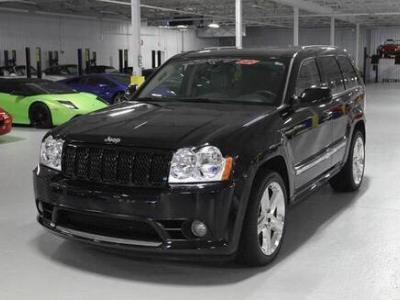 2013年6月 Jeep 大切诺基 SRT 6.4L SRT8 炫黑版图片