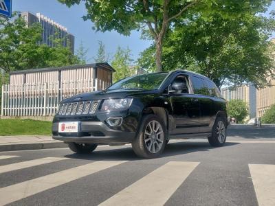 2015年12月 Jeep 指南者  改款 2.0L 两驱精英版图片
