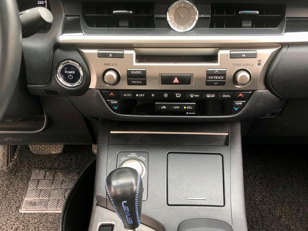 雷克萨斯 ES  2014款 300h 舒适版图片