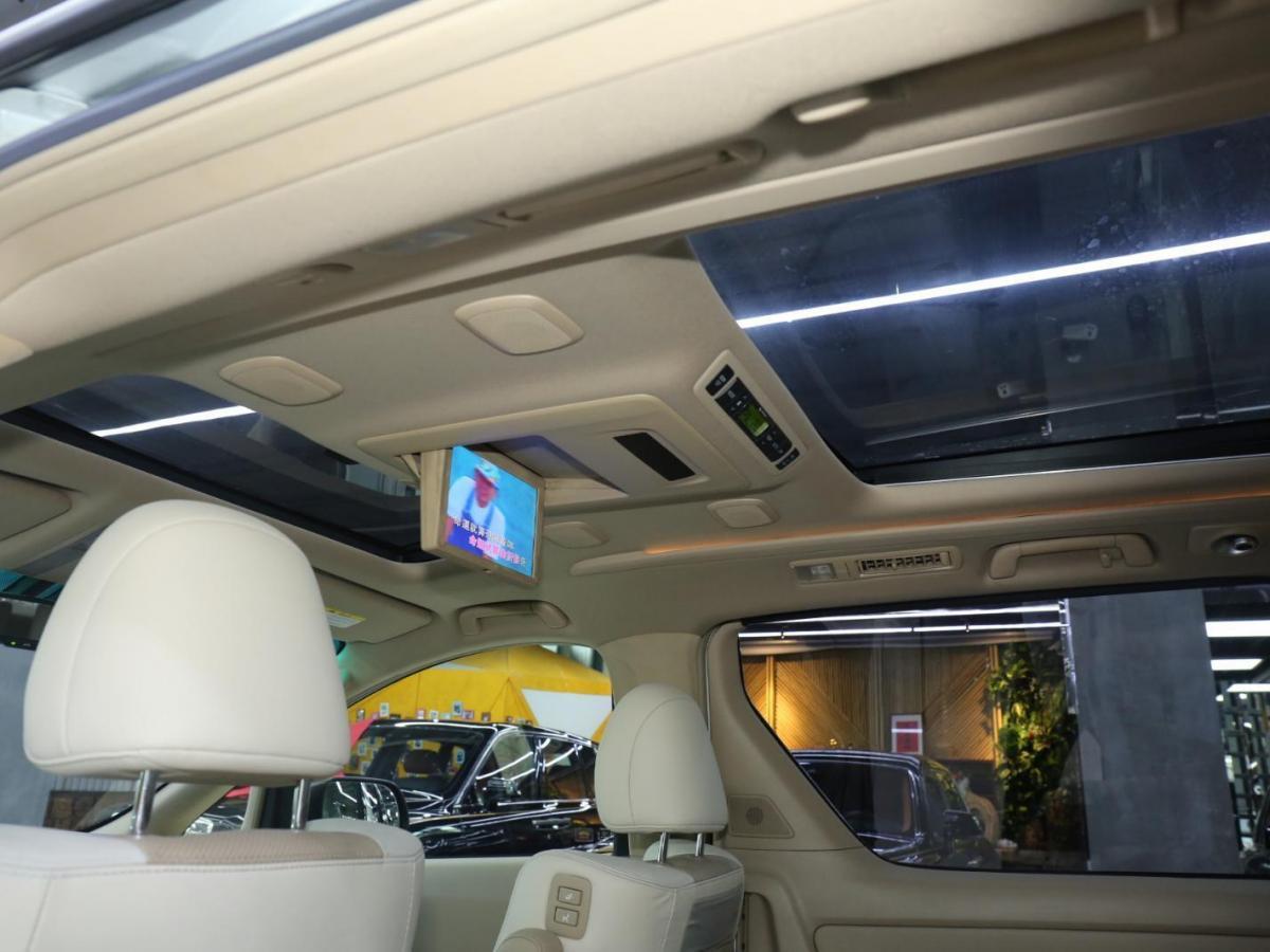 丰田 埃尔法  2012款 3.5L 尊贵版图片