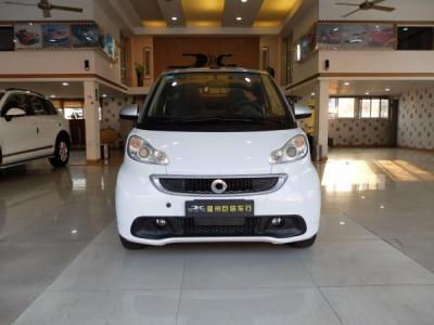 Smart Fortwo  Cabrio 1.0 MHD 城市游侠特别版图片