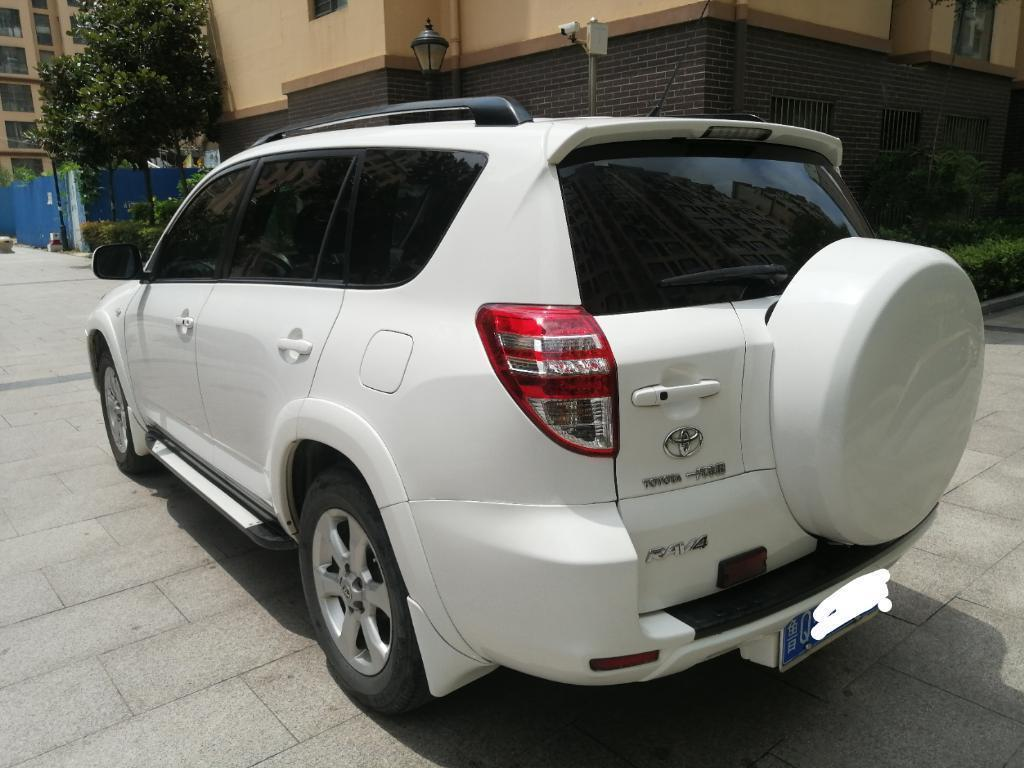 2011年7月 丰田 RAV4荣放 2.4L 自动四驱豪华版图片