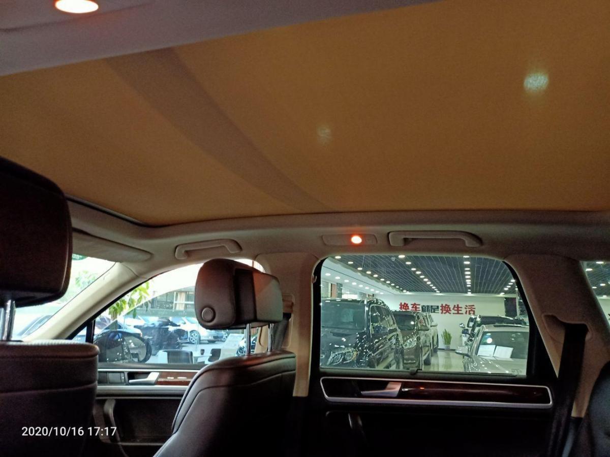 大众 途锐  2012款 R-Line 豪华型图片