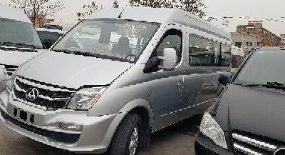 上汽大通MAXUS V80  2018款 2.5T 6挡手动商旅长轴中顶14-15座图片