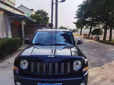 Jeep 自由客  2015款 2.4L 豪華導航版