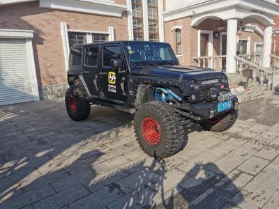 Jeep 牧马人  2017款 3.0L Sahara 四门舒享版