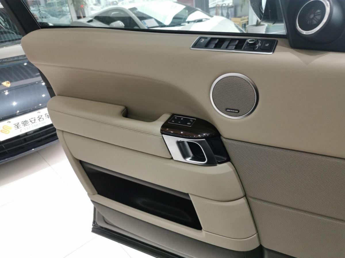 路虎 揽胜  2017款 3.0 V6 SC Vogue 加长版图片