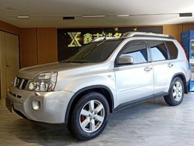 日产 奇骏  2010款 2.5L CVT旗舰版 4WD图片