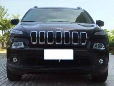 2017年4月 Jeep 自由光 2.0L 领先版图片