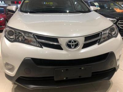 2015年10月 丰田 RAV4 荣放 2.0L CVT四驱新锐版图片
