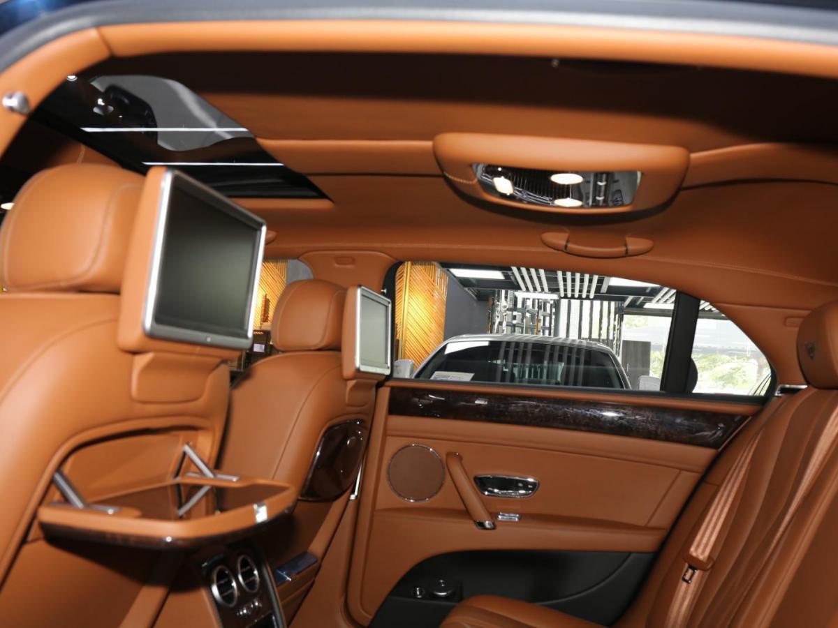 宾利 飞驰  2014款 4.0T 尊贵版图片