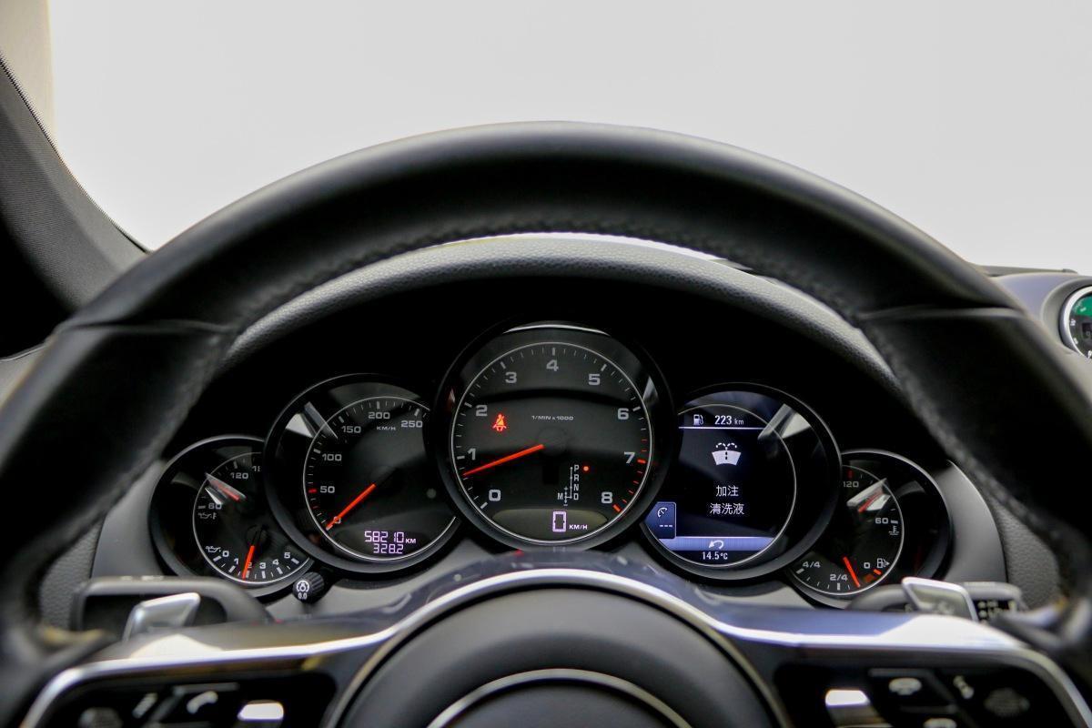 保时捷 Cayenne  2015款 Cayenne 3.0T图片