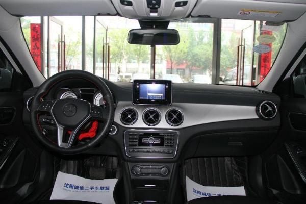 奔驰 GLA级  GLA220 2.0T 时尚型图片