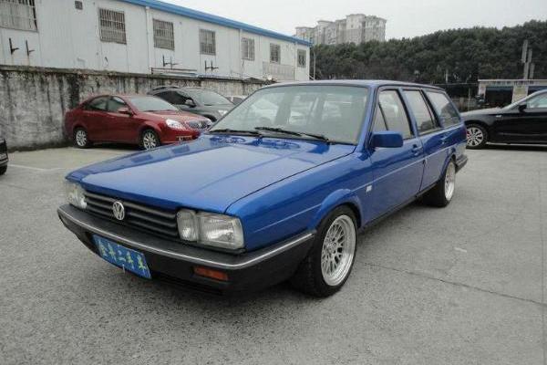 【上海】2005年1月 大众 桑塔纳 旅行车 1.8 gli 蓝色 手动挡