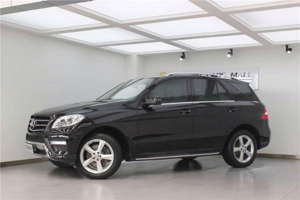 2013年8月 奔驰 m级  ml300 3.5 四驱版  价格:45.