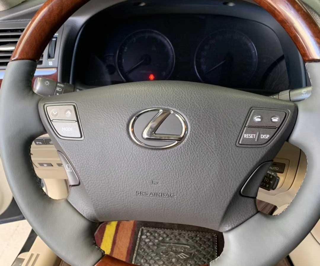 雷克萨斯 LS  2006款 LS460L 尊贵加长版图片