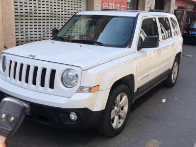 2014年7月 Jeep 自由客(进口) 2.0L 运动增强版图片