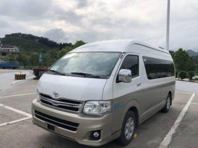 13 座.13 年6月進口豐田海獅中型客車