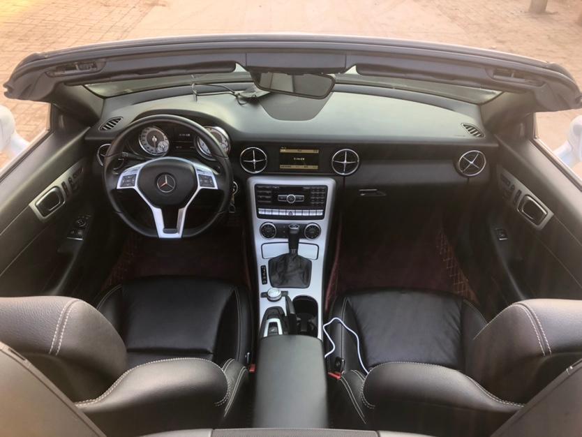 奔驰 奔驰SLK级  2011款 SLK 200 豪华运动型图片