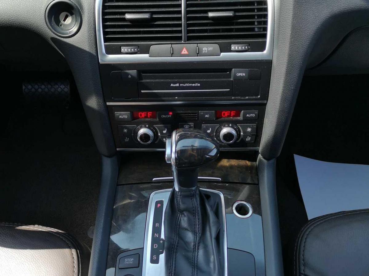 奥迪 奥迪Q7  2012款 3.0 TDI 专享型图片