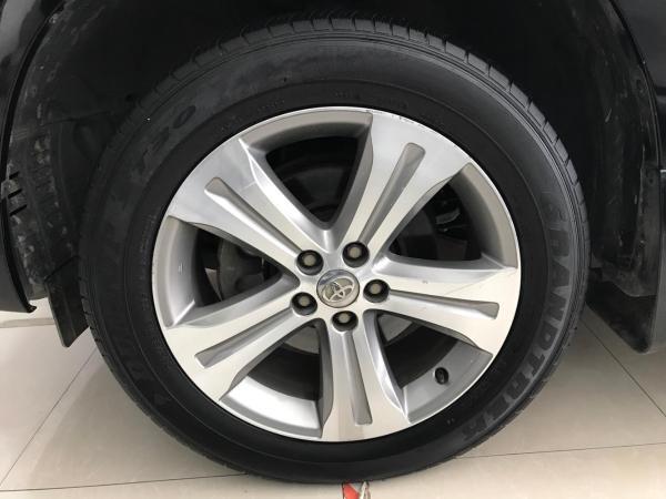丰田 汉兰达  2.7 两驱7座至尊版图片