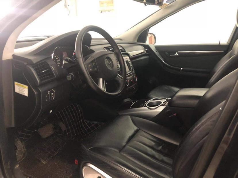 奔驰 奔驰R级  2007款 R 350 L 4MATIC图片