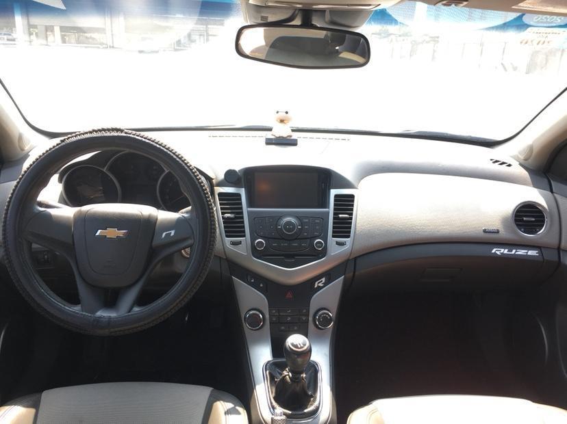 雪佛兰 科鲁兹  2015款 掀背 1.6L 手动舒适版图片