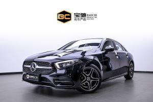 2019年1月 奔驰 奔驰A级   改款 A 200 L 运动轿车图片