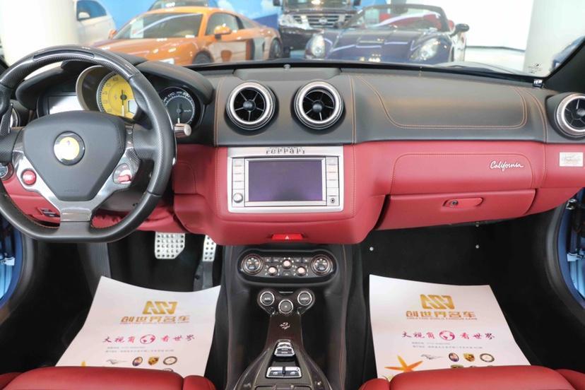 法拉利 California T  2012款 4.3L 标准型图片