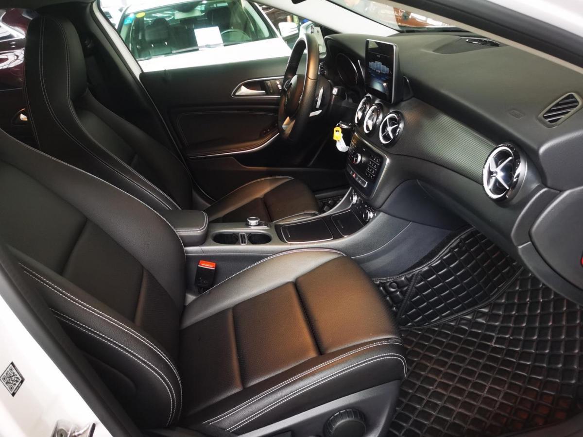 奔驰 奔驰GLA  2019款 GLA 200 动感型图片