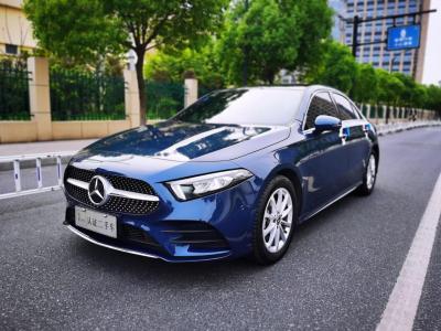 奔驰 奔驰A级 A 200 L 运动轿车图片