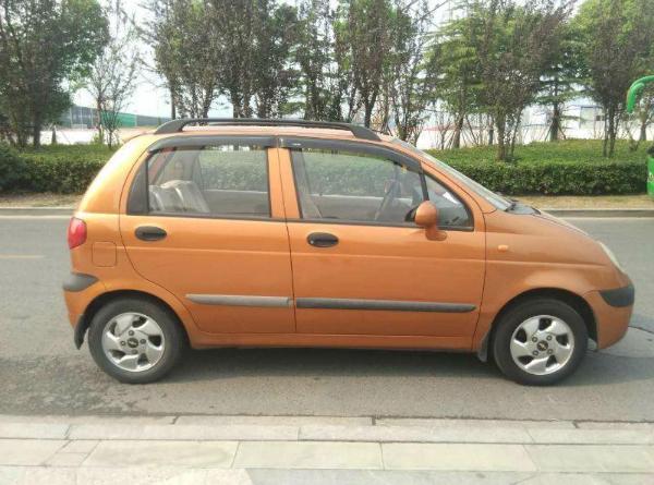 【苏州】2009年2月 雪佛兰 乐驰 1.2 橙色 手动挡图片