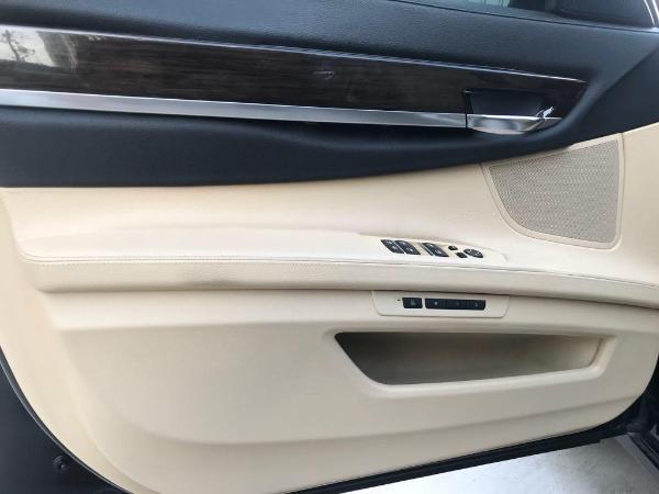 宝马 宝马7系  740Li 3.0T 领先型图片