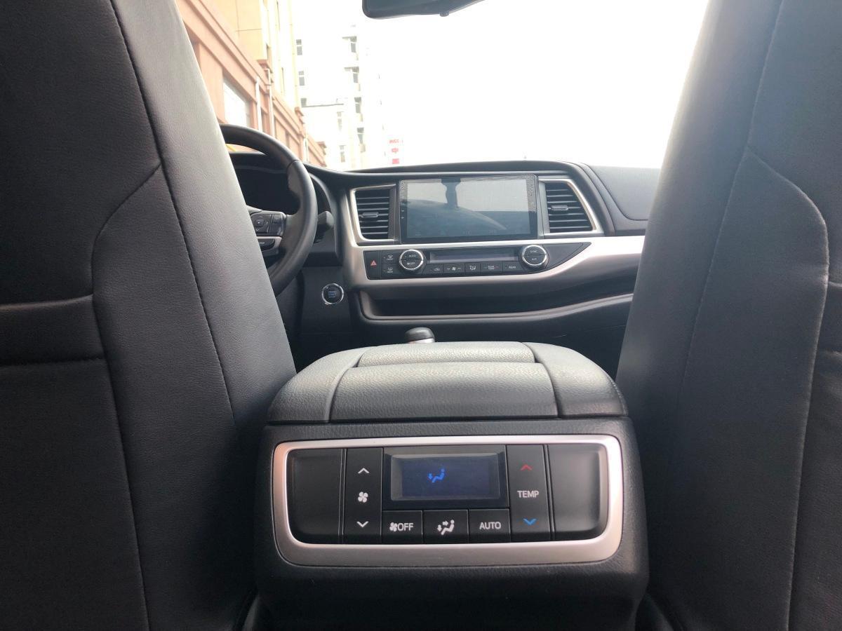 丰田 汉兰达  2017款 2.0T 四驱豪华版 7座图片