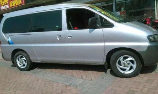 2011年9月 二手面包车 价格6.98万元