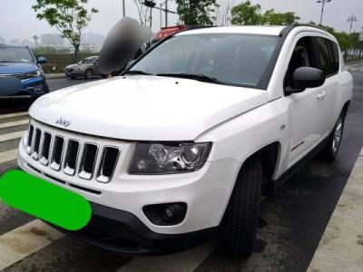 2014年2月 Jeep 指南者(进口) 2.0L 两驱运动版图片