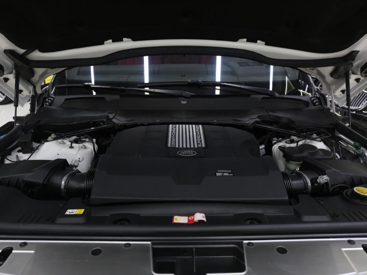 路虎 揽胜  2017款 5.0 V8 SC AB 尊崇创世加长版图片