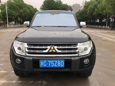 三菱 帕杰羅  2011款 3.8L 旗艦版