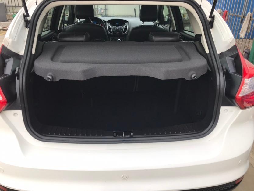 福特 福克斯  2012款 两厢 1.6L 自动风尚型图片