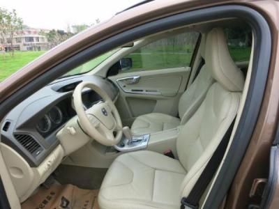 2010年5月 沃尔沃 XC60 3.0T 智雅版 AWD 涡轮增压图片