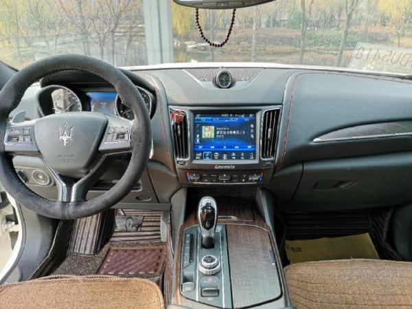 玛莎拉蒂 Levante  S 3.0T图片