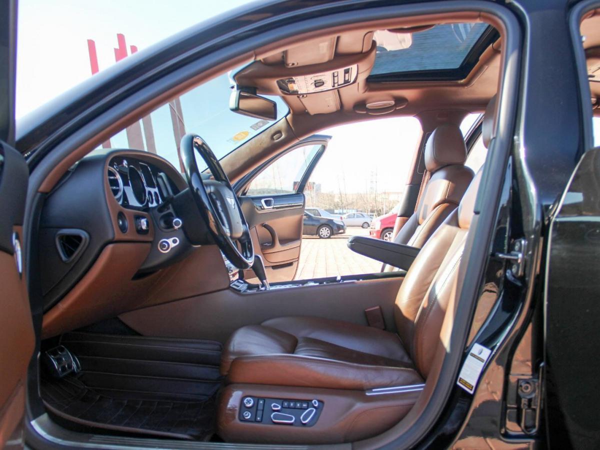 宾利 飞驰  W12 6.0T 基本型图片