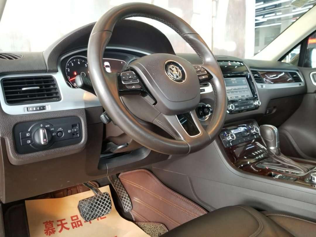 大众 途锐  2015款 3.0T 标配型 汽油版图片