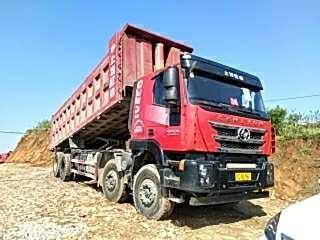 2018年3月  红岩杰狮前四后八自卸车,国五排放