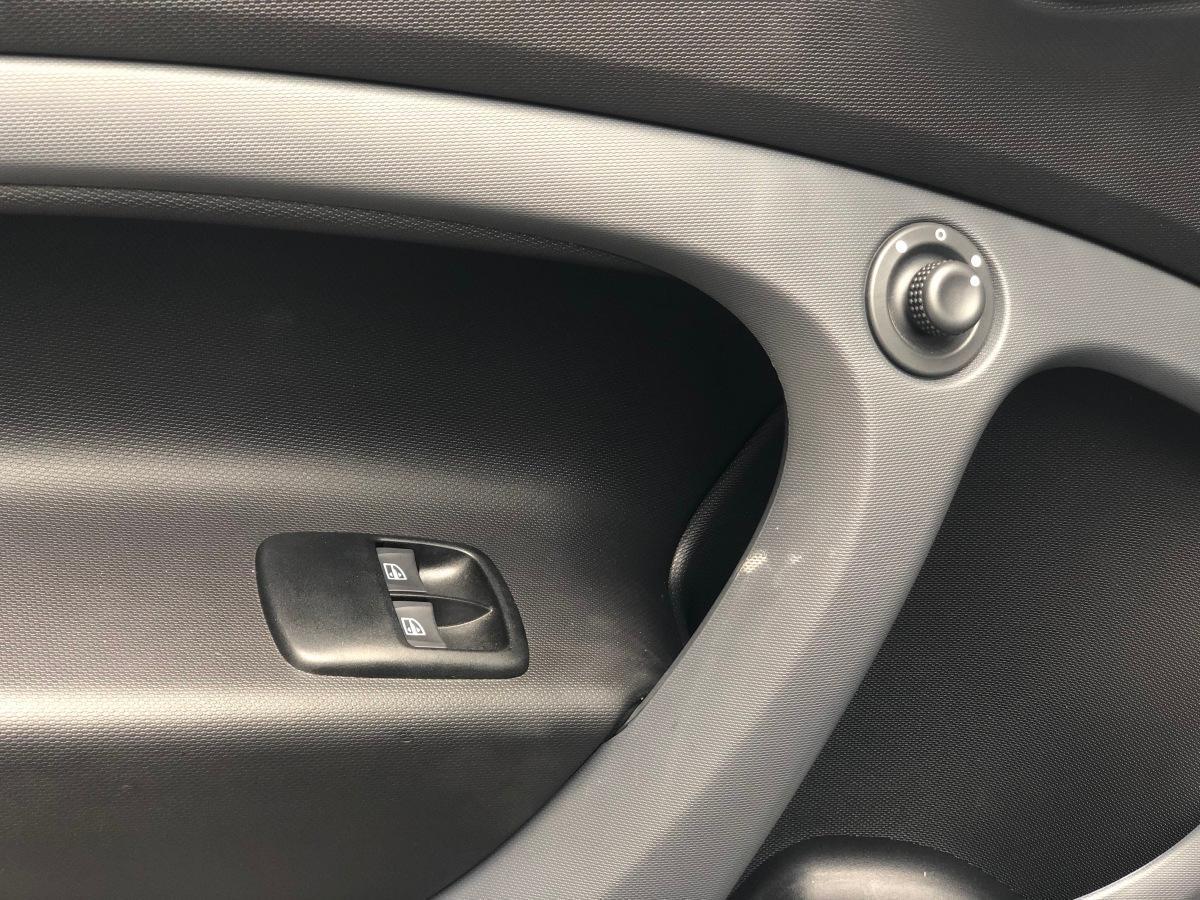 smart fortwo  2018款 1.0L 52千瓦硬顶灵动版图片
