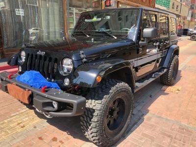 Jeep 牧馬人  2017款 3.0L Sahara 四門舒享版圖片